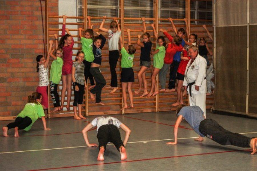De zesdeklassers op sportweek