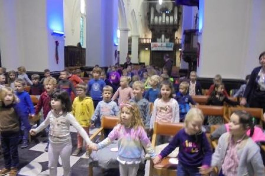 Adventsviering in de kerk