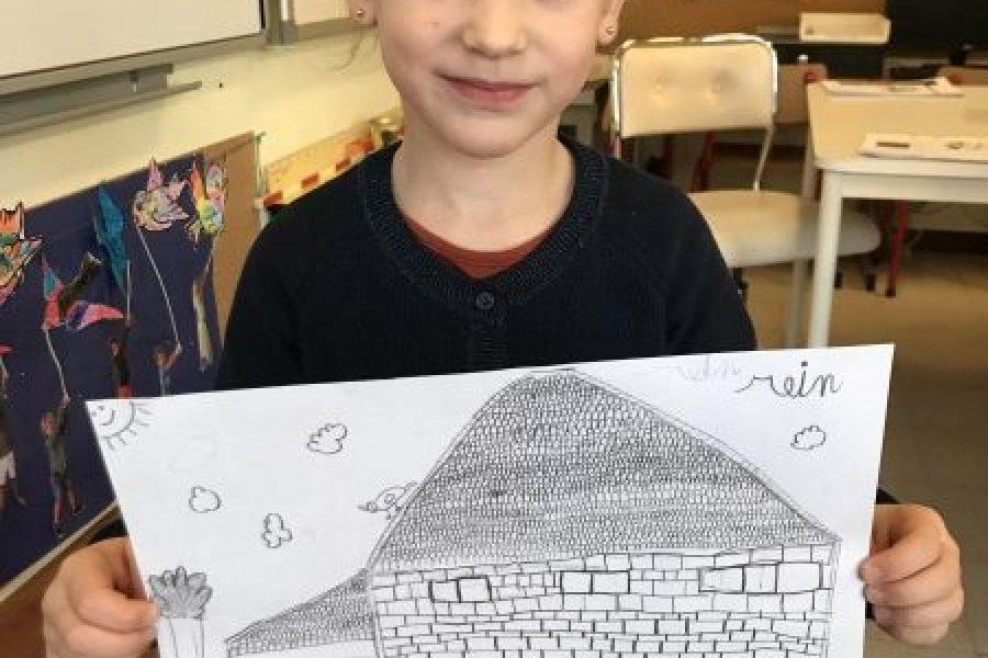 We schetsen een huis.