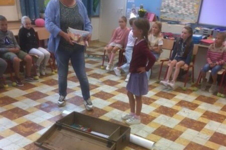 Een kist vol verhalen – eerste schooldag